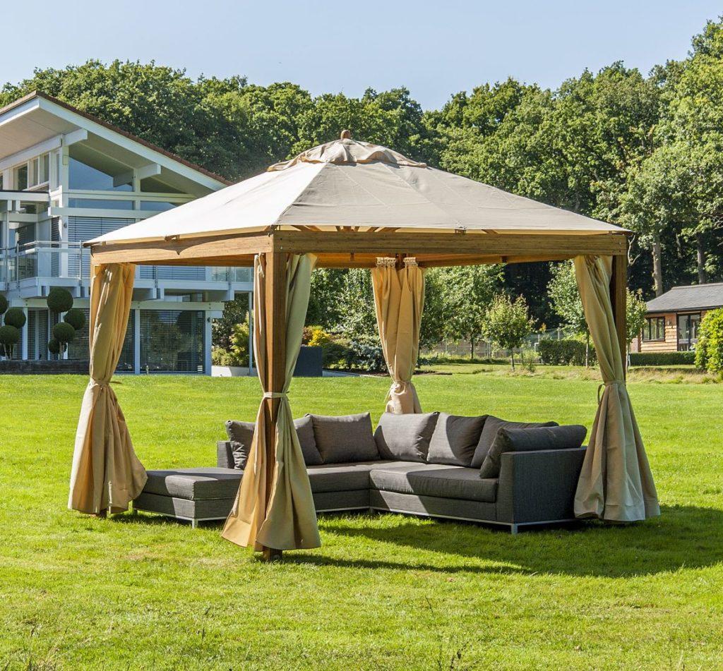 gazebo Royal Tents & Shades